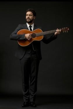 Manuel Polin; Guitar & vocals